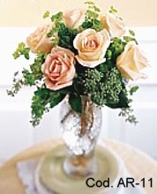 Arrangement with 6 roses