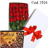 White Box with 24 roses + Helena Bombons 210gr.