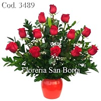 arrangement with 12 roses to Arequipa, floral arrangement with 1 dozen roses to Arequipa, flower bouquet with 12 roses