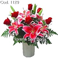 Floral design for delivery to Lima, flower delivery Peru, gifts to Peru, lilies and roses